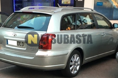 Toyota Avensis Wagon 2.0D-4D 2005