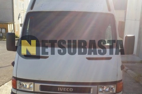 Iveco Daily 35S12 Furgon Isotermo 2004