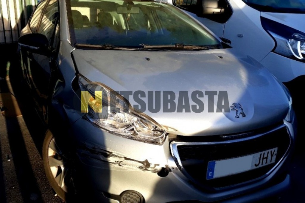 Peugeot 208 1.4HDi Business Line 2015