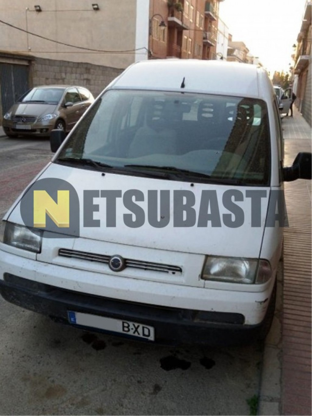 subasta de fiat scudo 2 0jtd combi 2002. Black Bedroom Furniture Sets. Home Design Ideas