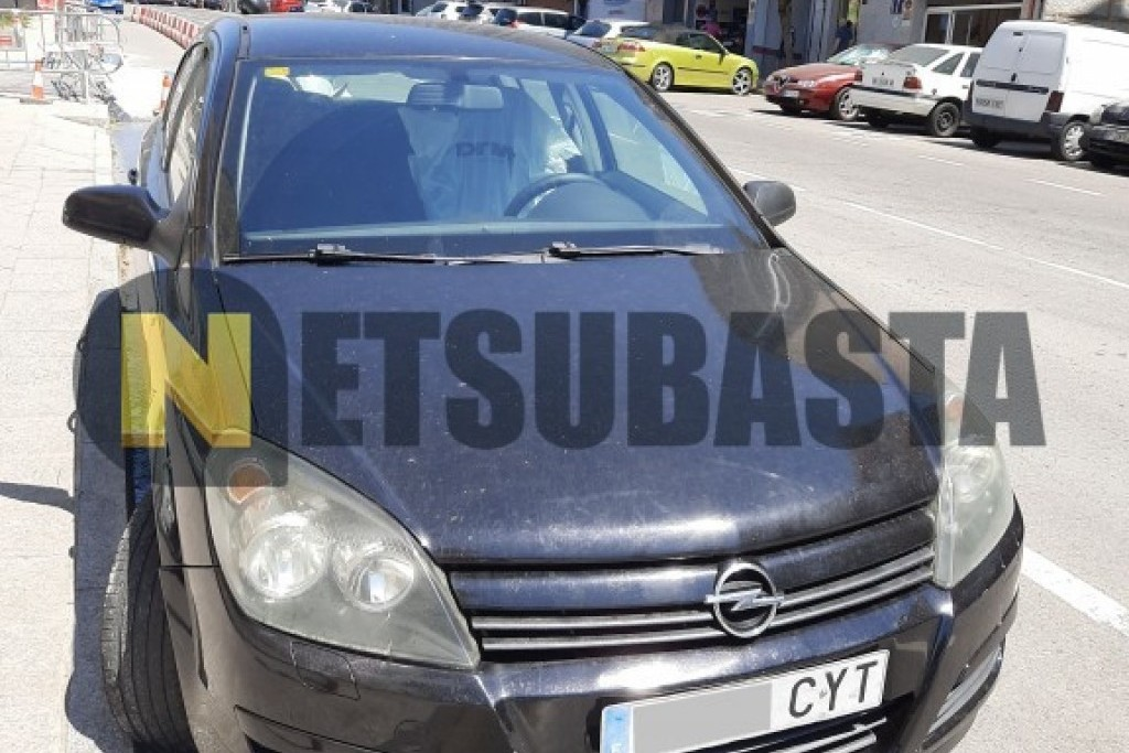 Opel Astra 1.4i Twinport 2004